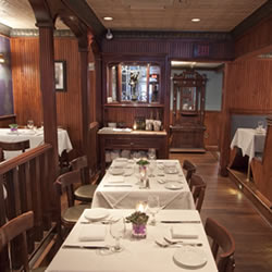 Bistro 44, Northport, NY: Suzanne Costa Interiors